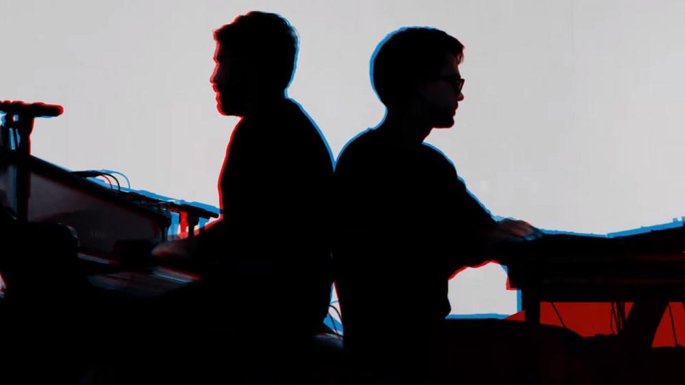 grandbrothers - neon